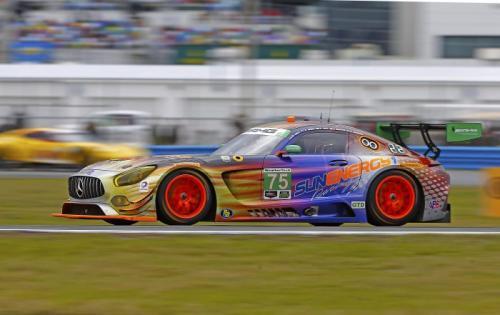2017-Mercedes-Benz-daytona-evan-j-smith