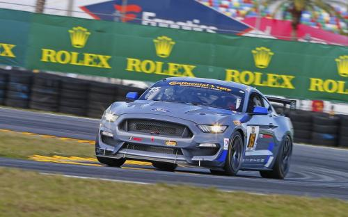 2017-mustang-gt4-ford-evan-j-smith